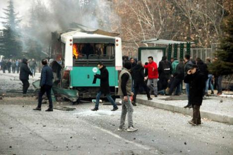 People react after a bus was hit by an explosion in Kayseri, Turkey, December 17, 2016. Turan Bulut/ Ihlas News Agency via REUTERS