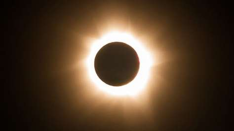 Total-solar-eclipse-from--001