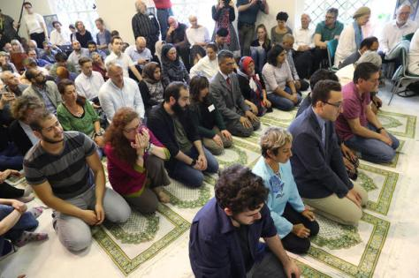 Liberal Mosque Opens In Berlin