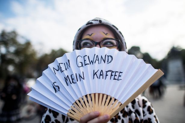 Demonstration-against-face-veil-ban-in-Vienna-Austria-01-Oct-2017