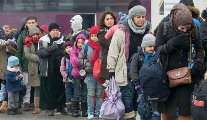 Germany_Migrants.JPEG-06934_c0-221-5237-3274_s885x516.jpg