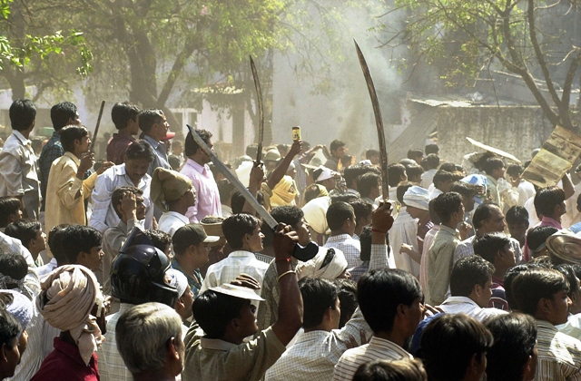 Ahmedabad-Riots-AFP.jpg