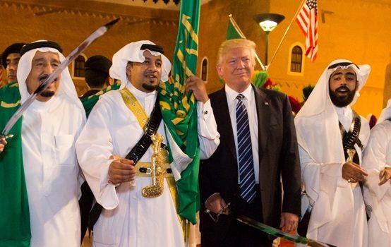 trump-saudi-king-salman-sword-554x350.jpg